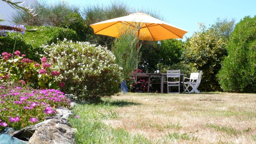 """[Rêve de Goélan] """"Les Bruyères"""": Maison de plain-pied et son jardin arboré"""